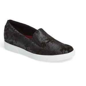 Munro Lulu Slip on Sneakers Size 7.5